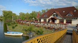 Fűzfa Hotel és Pihenőpark belföldi