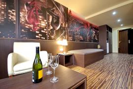 Corvin Hotel & Gyulai Wellness Apartmanok  - karácsony ajánlat